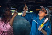 Gargae Customer And Car Mechan...