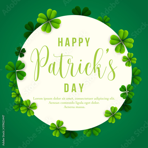 Photo Happy Patrick's Day background with clover leaves