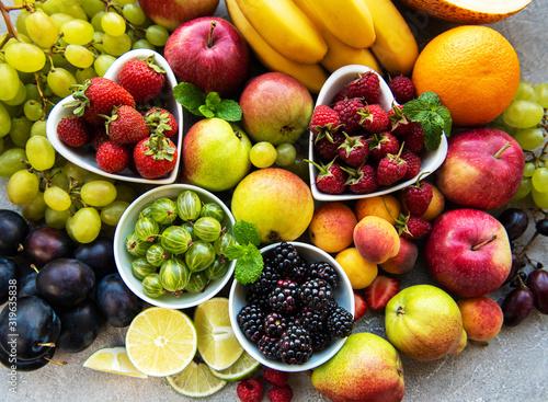 Obraz Fresh summer fruits and berries - fototapety do salonu