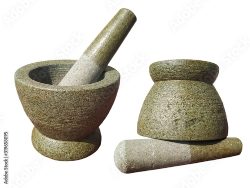 Photo pestle and mortar isolated on white background with clipping path