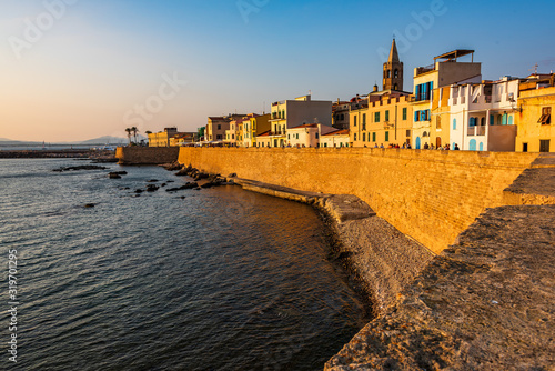 Photo Old town of Alghero