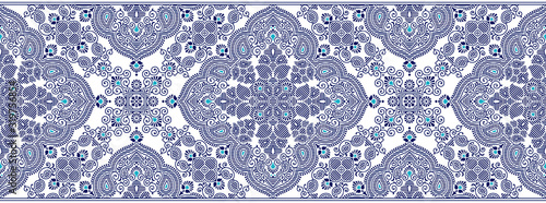 Foto Seamless blue border with traditional Asian design elements