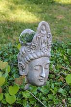 Peaceful Weathered Headplanter...