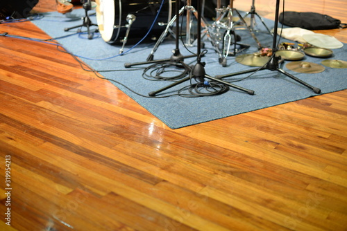 Obraz High Angle View Of Drum Set On Carpet - fototapety do salonu