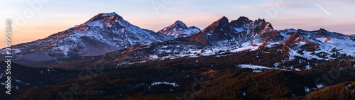 Fototapeta Mountains and a Sunset - Tumalo Mountain - Bend Oregon obraz