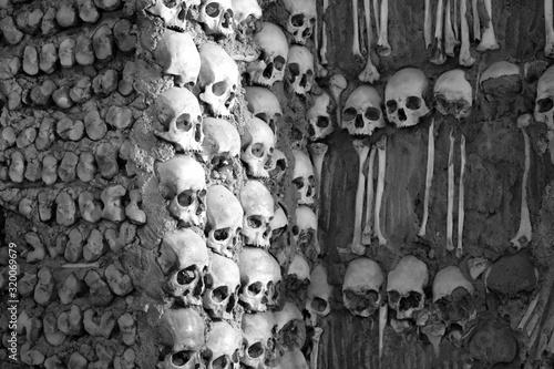 Fotografia Human Skulls At Capela Dos Ossos
