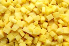 Fresh Juicy Pineapple Slices W...