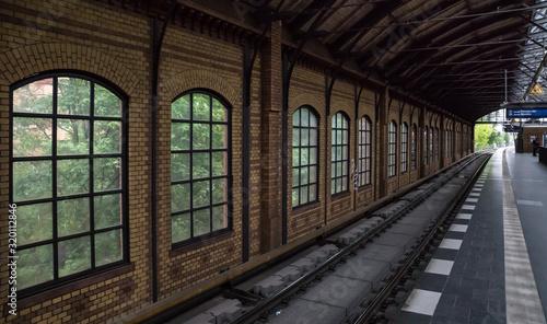 Fototapeta Interior Of Berlin S-Bahn Station obraz na płótnie