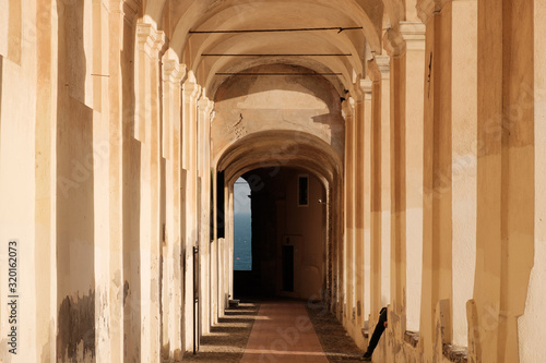 Corridor Of Historic Building Fototapete
