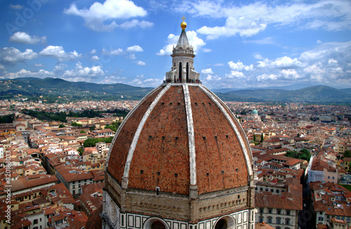 Fotomural High Angle View Of Florence Cathedral Against Cloudy Sky