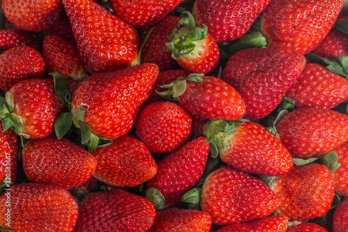 Aptetitosa ración de fresas maduras Fototapet