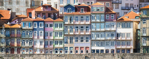 fototapeta na szkło Panoramic View Of Porto Oporto Typical Old Houses