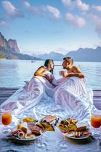 Khao Sok Thailand, Couple Havi...