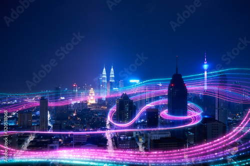 Smart city big data connection technology concept . - 320518068
