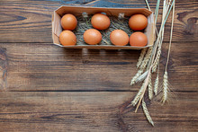 Farm Brown Eggs With Straw In ...