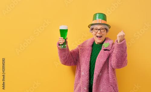 obraz PCV woman in leprechaun hat