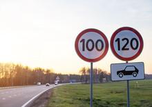 Traffic Signs Limit The Maximu...
