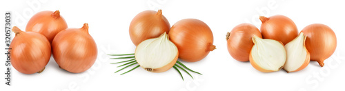 Stampa su Tela yellow onion isolated on white background close up.