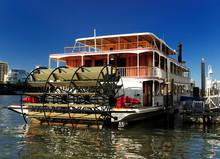 Paddle Steamer Kookaburra Quee...