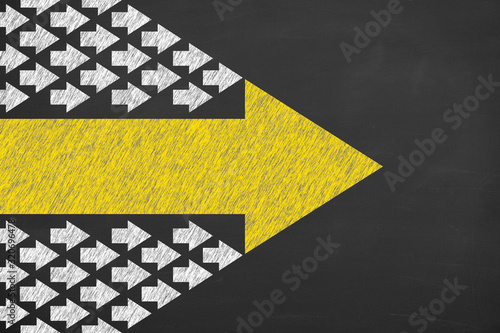 Canvastavla Leadership Concepts with Arrows on Chalkboard Background
