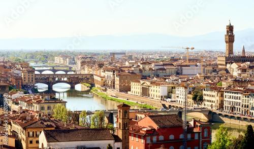 Arno con il Ponte Vecchio a Firenze Canvas Print