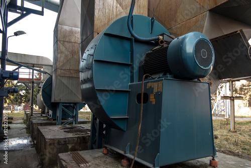 Fototapeta  fans with large electric motors obraz