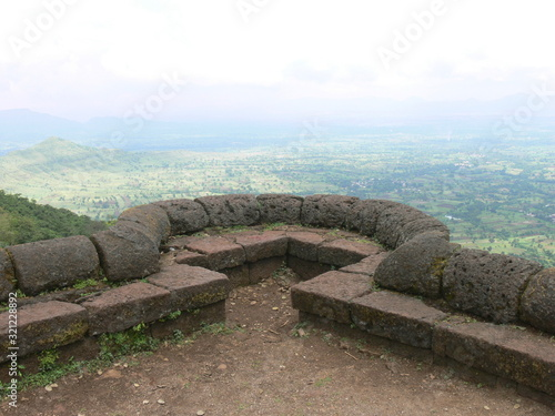 A small Bastion overlooking a valley, near  Satara, Maharashtra, India Fototapete