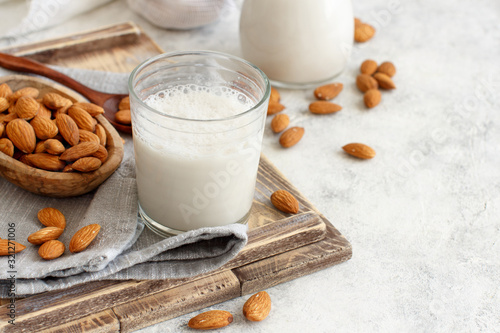 Fotografia Vegan almond milk, non dairy alternative milk