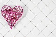 Coeur En Fer Rose Sur Un Fond ...