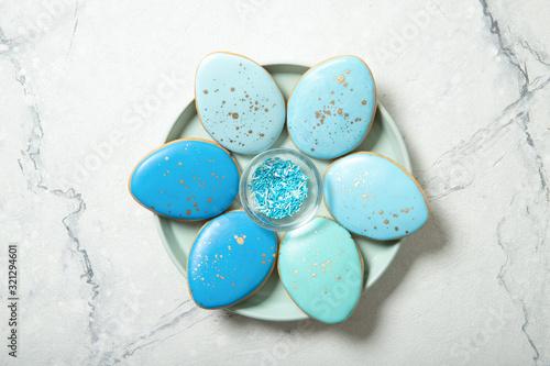 Fotografia Easter cookies on concrete background