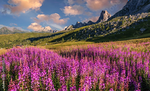 Photo Scenic image of Dolomites Alps