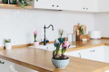Modern White U-shaped Kitchen ...