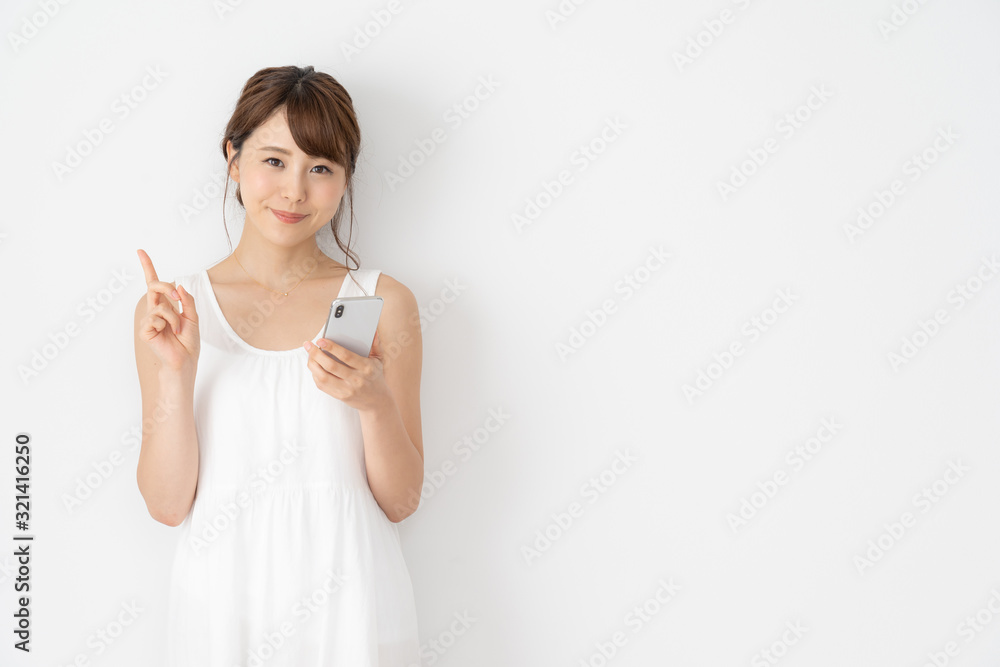Fototapeta 女性 白ワンピース