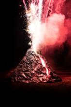 Volcan Artificiel En éruption