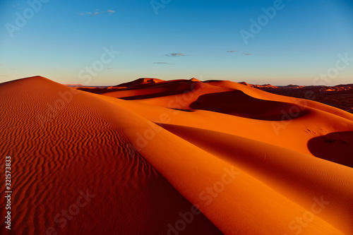 Obraz Sand dunes in the Sahara Desert, Merzouga, Morocco - fototapety do salonu