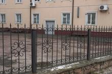 Black Metal Fence Of Sharp Iro...