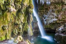 Hinang - Wasserfall - Winter -...