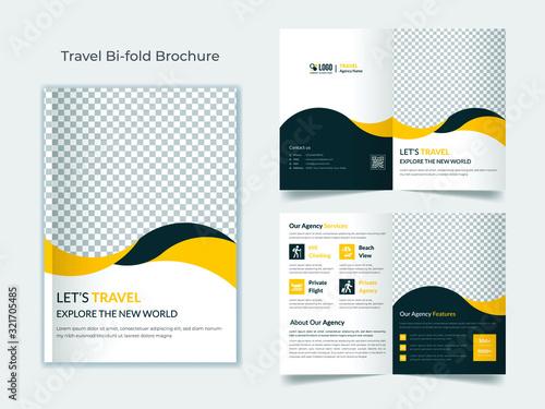 Travel bifold brochure template Canvas-taulu