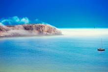 Niebla En Acantilado