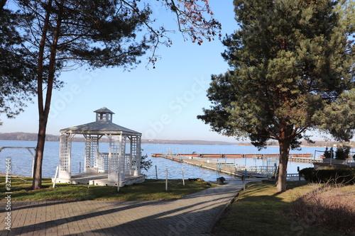 Fototapeta Jezioro Zegrzyńskie, pusty port obraz