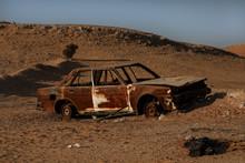 Abundan Car Left To Rust In Desert