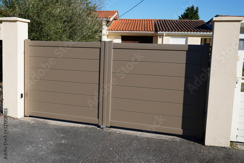 Aluminum brown house garden gate