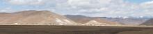 The Wide Range Mountain Landsc...