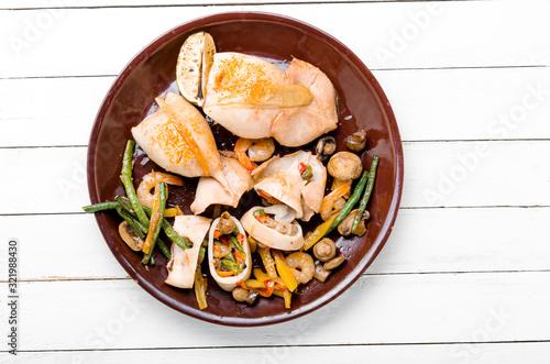 Fototapeta Squid filling with vegetables obraz