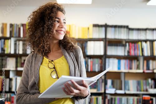 Carta da parati Education, high school, university, learning and people concept