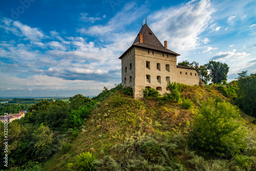 Photo Stunning view of medieval Halych Castle, Halych, Ivano-Frankivsk region, Ukraine