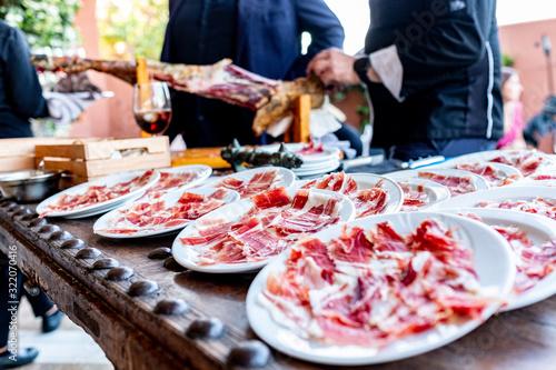 Comida española de jamón serrano e ibérico Canvas Print