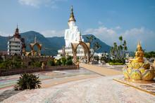 Wat Pha Sorn Kaew With The Budish Statue