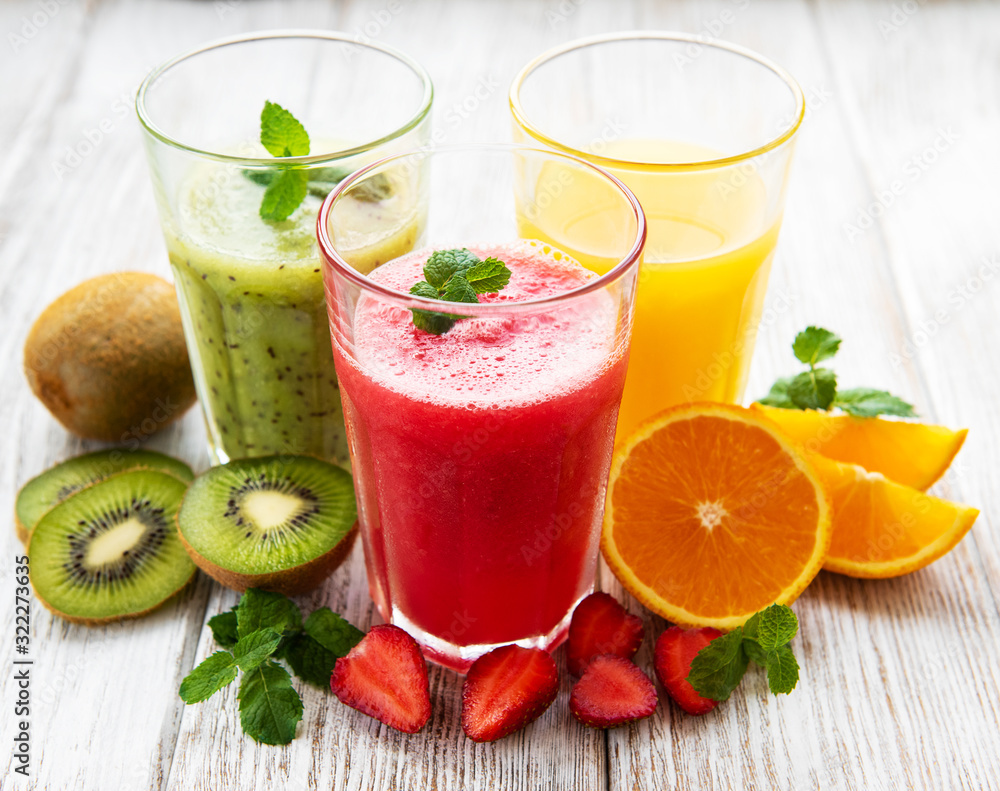 Fototapeta Healthy fruit smoothies