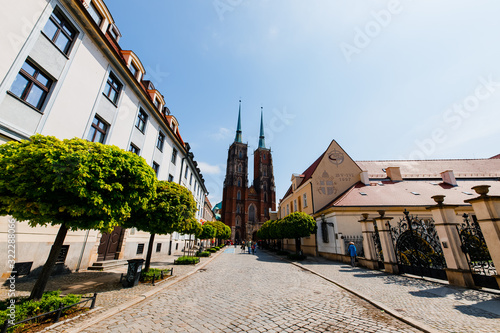 Fototapety, obrazy: WROCLAW, POLAND - MAY 1, 2019: The Cathedral of St. Vincent and St. James in city center.